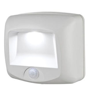 Mr Beams - LED Wireless Step Light with Motion Sensor and Photocell - Weatherproof - Glows in the Dark - Battery Powered