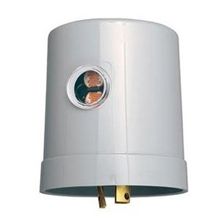 Intermatic K4533 - Photo Control - Thermal Type Photocell - Low Cost Locking Type Mount - 120 Volt